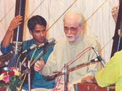 Panditji in concert, Vishal Moghe providing tanpura accompaniment